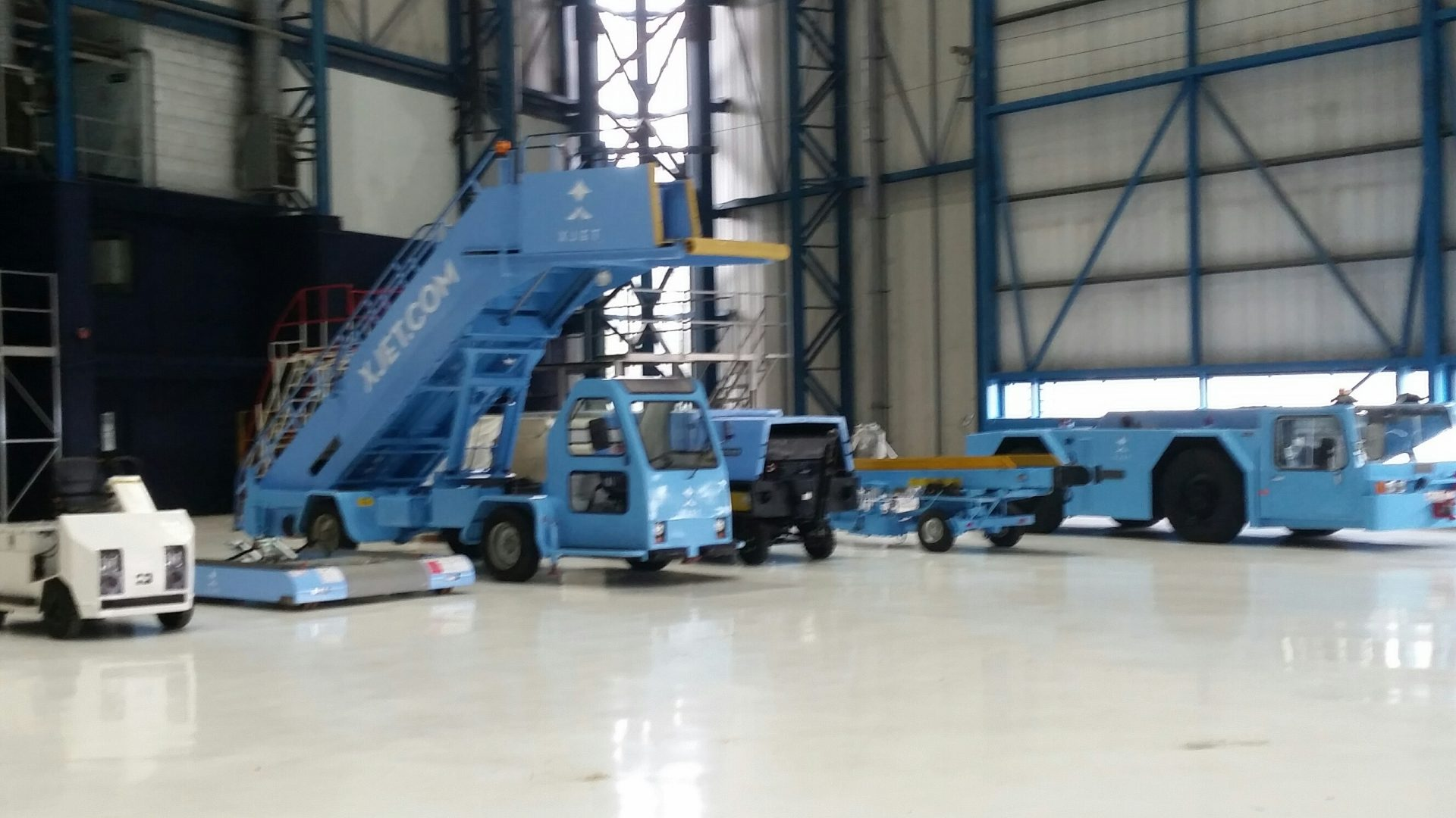 Xjet Commercial Vehicle Spraying - stairs
